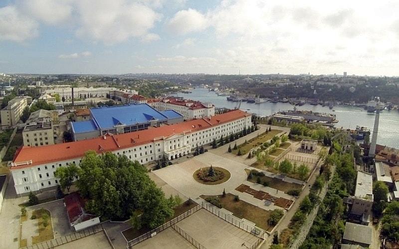 Лазаревские казармы в севастополе фото